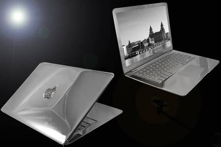 MacBook-Air-Supreme-Ice-Edition-thumb-450x299.jpg