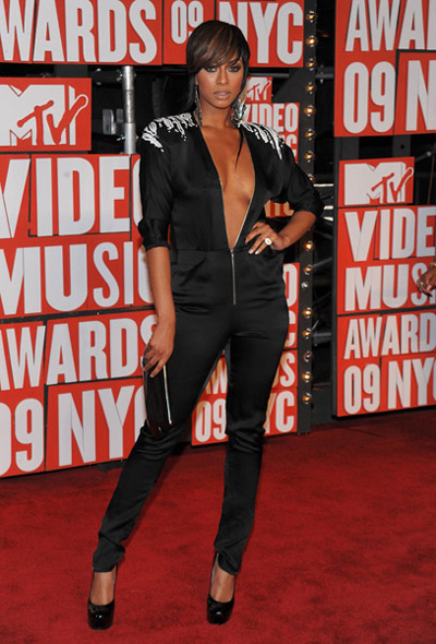 keri-hilson-vmas-red-carpet.jpg