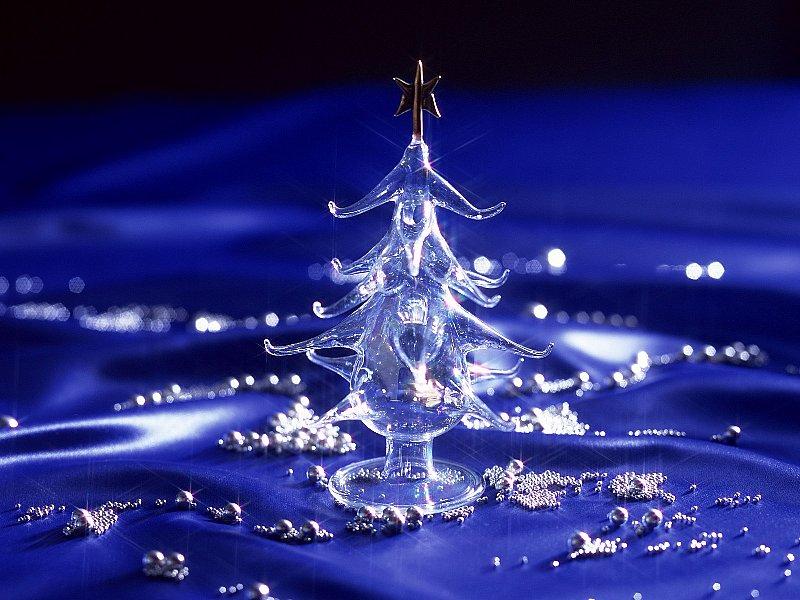 Crystal-Christmas-Tree-482003.jpg