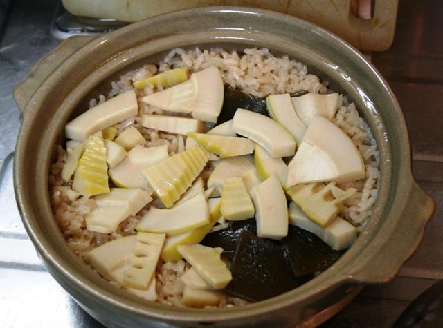 IMG_4850 タケノコご飯 W