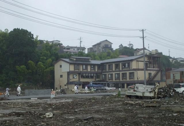 DSCF1759 被災ホテル W