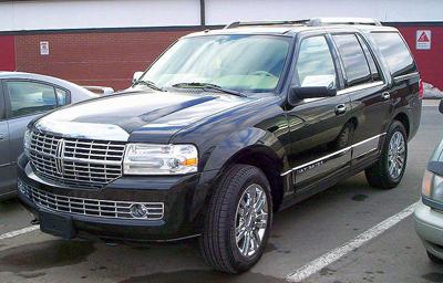Lincoln_Navigator.jpg