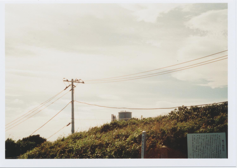 城ヶ島灯台の電線