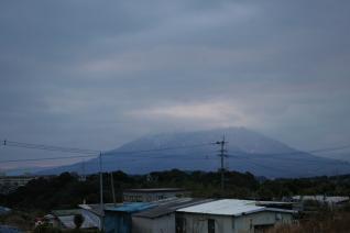 初日と桜島