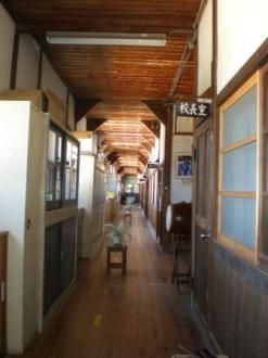 真鍋島の学校10