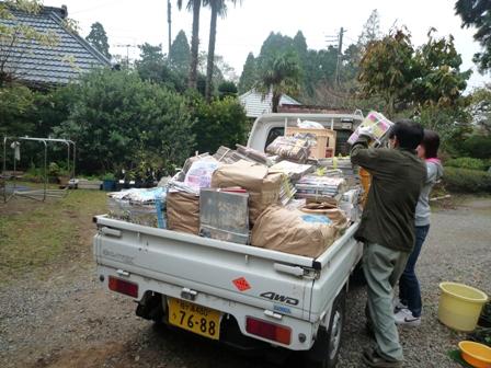 2009.11.8PTAの廃品回収