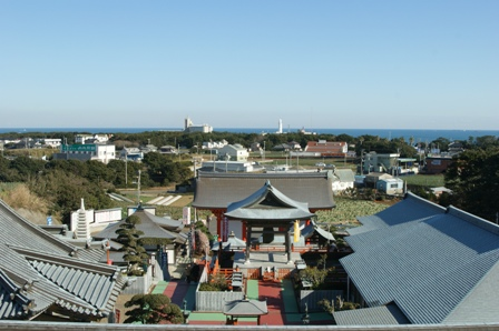 2010.1.9 正月の初詣その3(満願寺遠景)