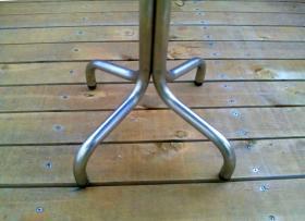 カフェテーブル-2