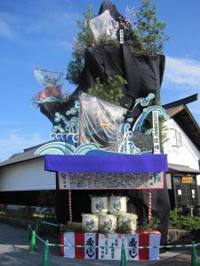 角館のお祭り JR角館駅前の置山  9月3日朝の様子