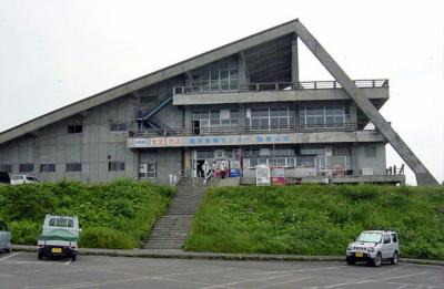 ④旧・稲倉山荘(国民保養センター)