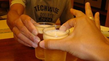 八百徳でビール