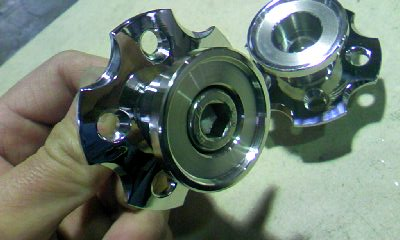 CA12Y86R.jpg