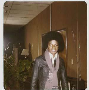 -Michael-Jackson-niks95-3-michael-jackson-19075837-544-546.jpg