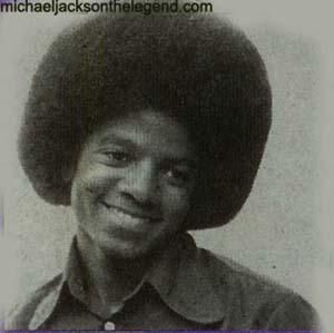 MICHAEL-michael-jackson-15721169-400-398.jpg