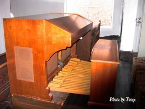 聖贖主教会 新しいオルガン