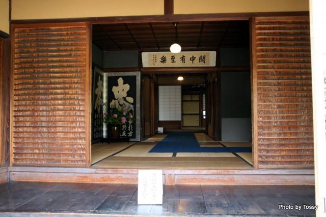 主屋 式台玄関