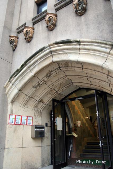 旧神戸私立生絲検査所 玄関