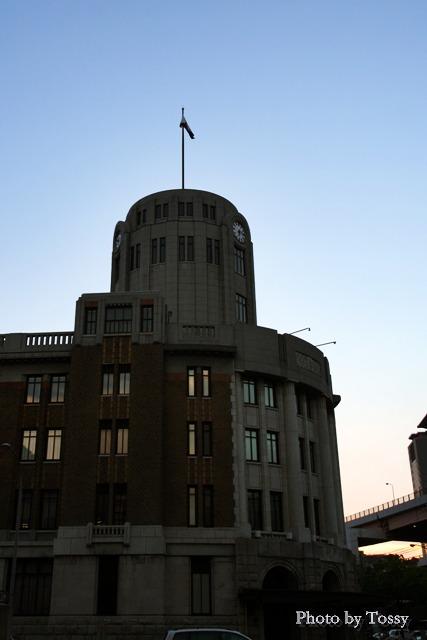 神戸税関東玄関