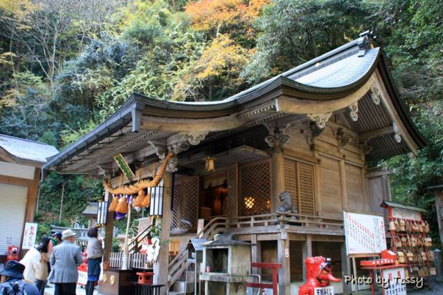 由岐神社 本殿2