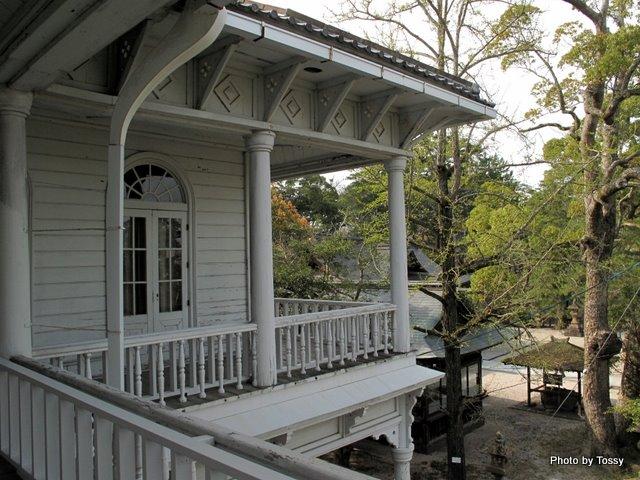 ベランダ 松江神社側