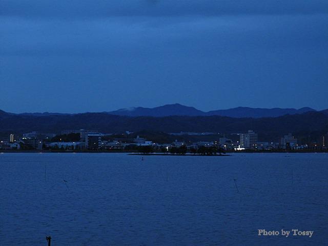 夜明け前の嫁ケ島