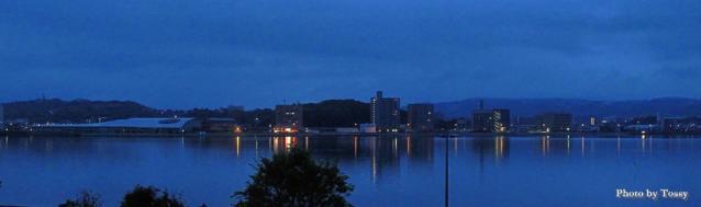 宍道湖 夜明け前 パノラマ