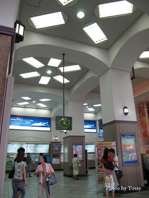 JR元町駅コンコース