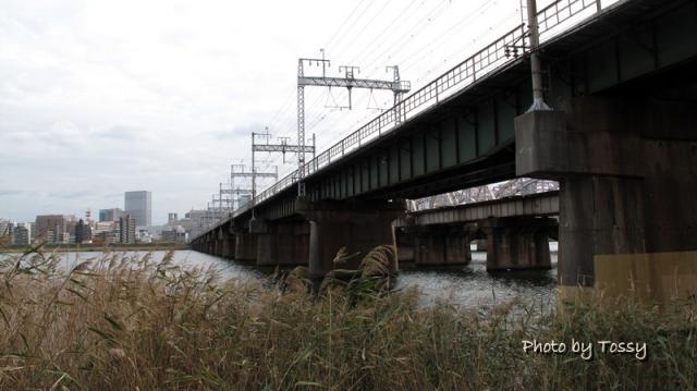 阪急淀川鉄橋 上流側から