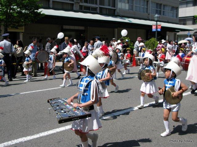 幼稚園パレード