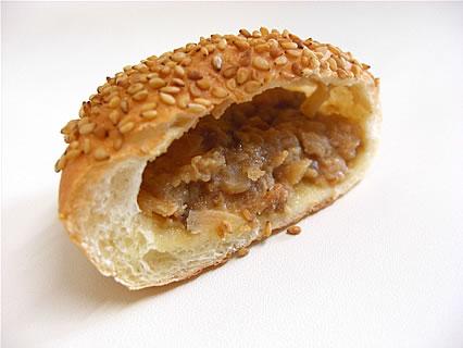 ポポロ 豚まんパン 断面
