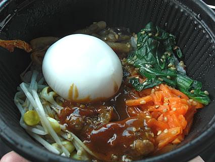 ローソン ろーそん亭 シャキシャキ野菜のビビンパ 中身-2