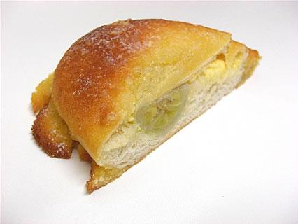 パン焼き工房ノイエ バナナメロンパン 断面