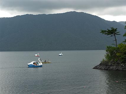 十和田湖 スワンボート