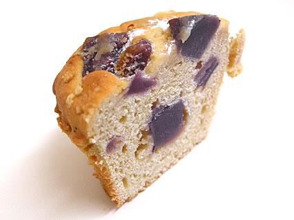 Daily's muffin(デイリーズ マフィン) むらさき芋煮とメイプルシュガー 断面