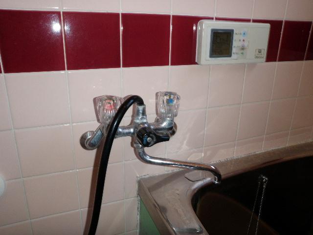 お風呂のシャワー水栓の取替え工事 神戸市長田区