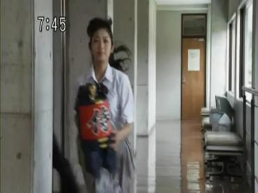 Samurai Sentai Shinkenger Episode 30  Part 2.avi_000144489
