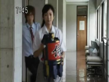 Samurai Sentai Shinkenger Episode 30  Part 2.avi_000144698