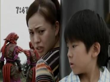 Samurai Sentai Shinkenger Episode 31  Part 2.avi_000215525