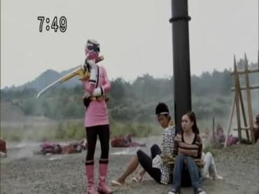 Samurai Sentai Shinkenger Episode 31  Part 2.avi_000346208