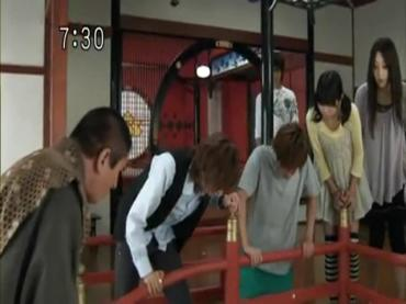 Samurai Sentai Shinkenger Episode 32  Part 1.avi_000029448