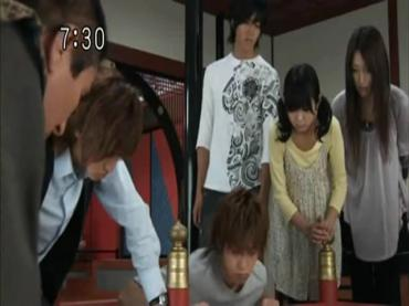 Samurai Sentai Shinkenger Episode 32  Part 1.avi_000035371