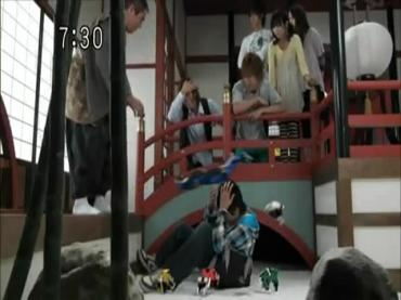 Samurai Sentai Shinkenger Episode 32  Part 1.avi_000047551