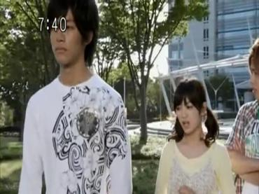 Samurai Sentai Shinkenger Episode 32  Part 1.avi_000584800