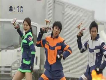 Tomica Hero Rescue Fire Episode 29  Part 1.avi_000538792