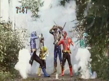 Samurai Sentai Shinkenger Episode 34  Part 2.avi_000224159