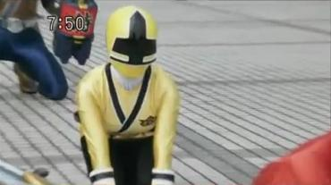 Samurai Sentai Shinkenger Act 36 3 RAW.avi_000083466