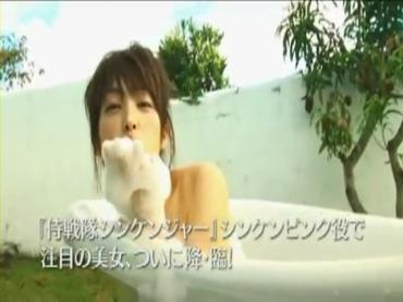「高梨臨ファースト写真集&DVD」PV.avi_000031164