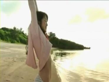 「高梨臨ファースト写真集&DVD」PV.avi_000051885