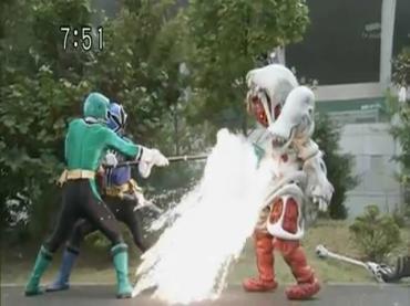 Samurai Sentai Shinkenger ep37 3.avi_000088855