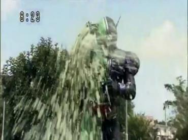 Kamen Rider W 93.avi_000146279
